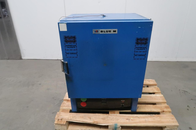 Blue M DV-490A-2    Table Top Industrial Oven 19x15x18 500 F For Sale