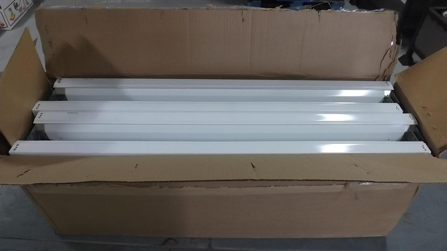 Lot of 12 On Time Lighting  Lin Profile Wraparound (4.5 In Wide) T8 3FT 1LMP