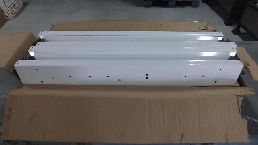 Lot of 12 On Time Lighting LX45-3-125-T8-UNV-L1 Linear Profile Wraparound 4 1/2 In wide