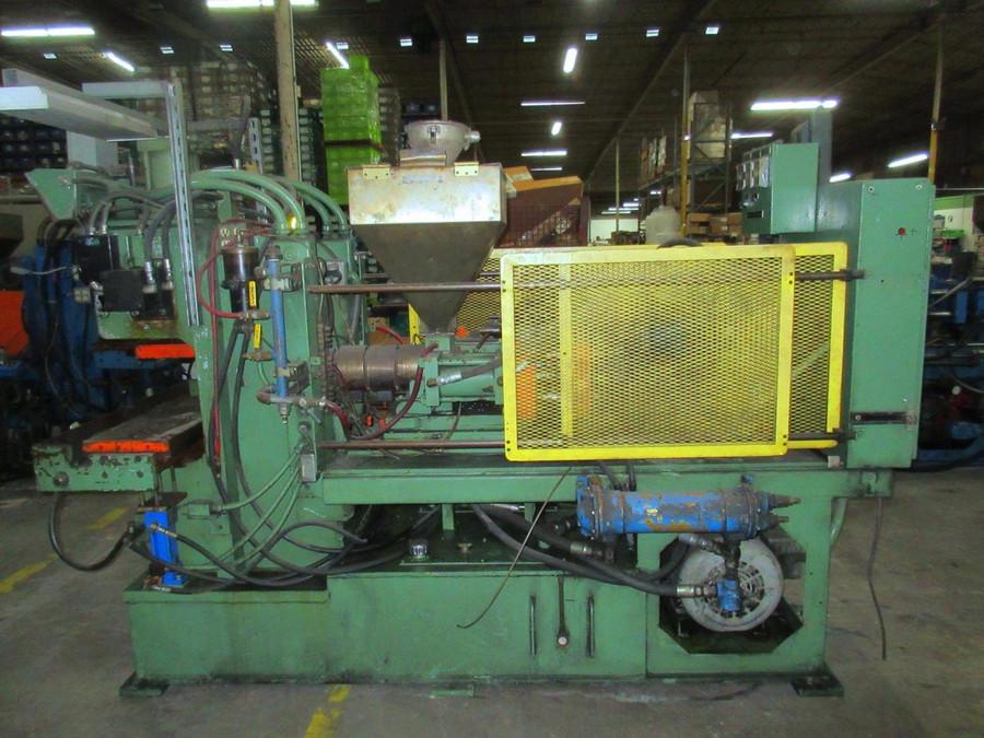 Trueblood A-100-5 Plastic Injection Moulding Machine 100 Ton T112238 For Sale