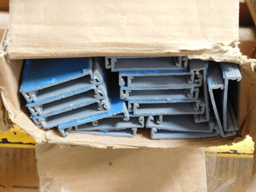 Lot of 22 Thomas & Betts TY2CPG6 Ty-Duct Wiring Duct Covers T128327 For Sale