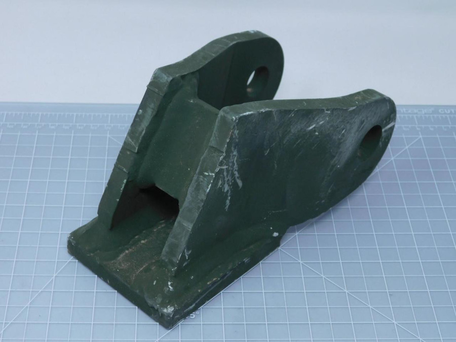NSN 5340-01-475-2286 12421704-001 Mounting Bracket Lower Curb Side T127892 For Sale