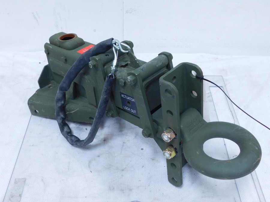 909330-B Military Tow Hook Ring Assembly 25,000 Lbs Cap T127912 For Sale