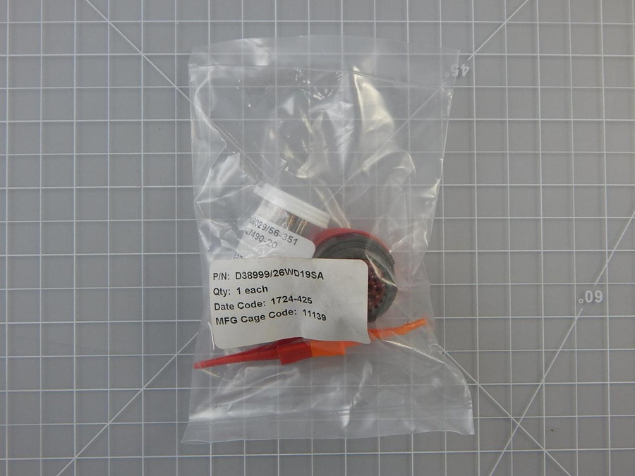 Deustch D38999/26WD19SA    Circular MIL Spec Connector DTS 19 C 19 # 20 SK w/ Contacts For Sale
