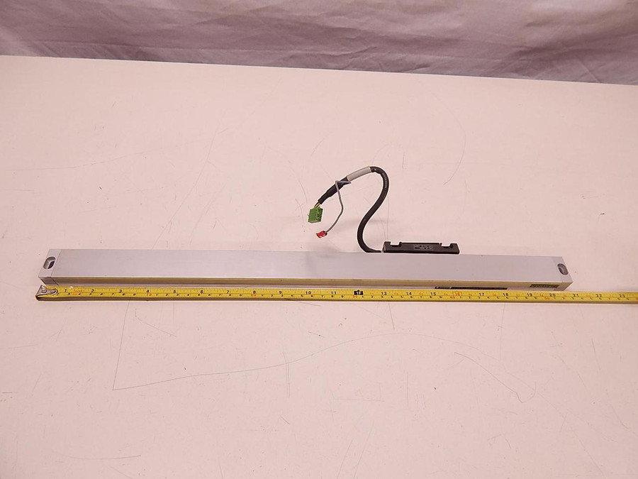 Heidenhain 403C, 078-33, LS 403C, D-83301 Linear Encoder And Scale T78057