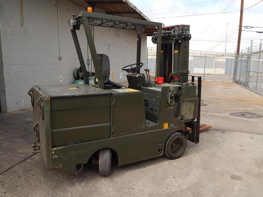 Drexel SL-44/3-ESS Swing Mast Forklift Narrow Aisle w NO BATTERY
