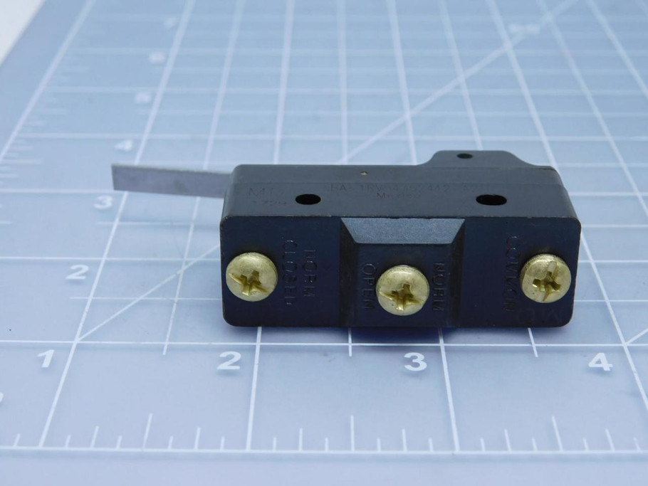 BA-1RV54352413-A21 MICRO SWITCH HONEYWELL Basic Snap Action Switches