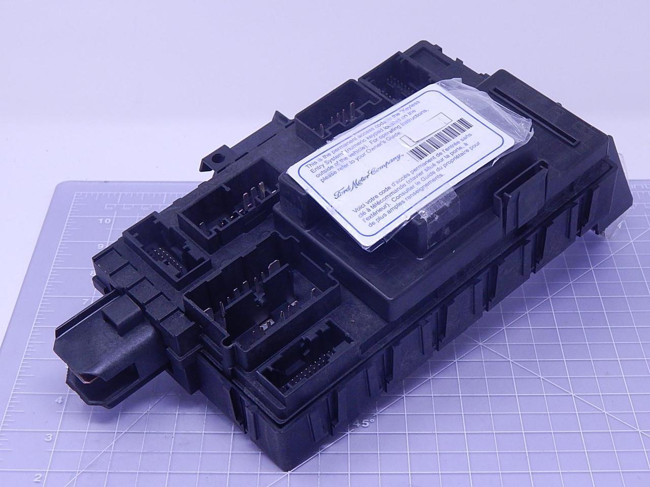 fomoco b000els0qb fuse box t109503 for sale