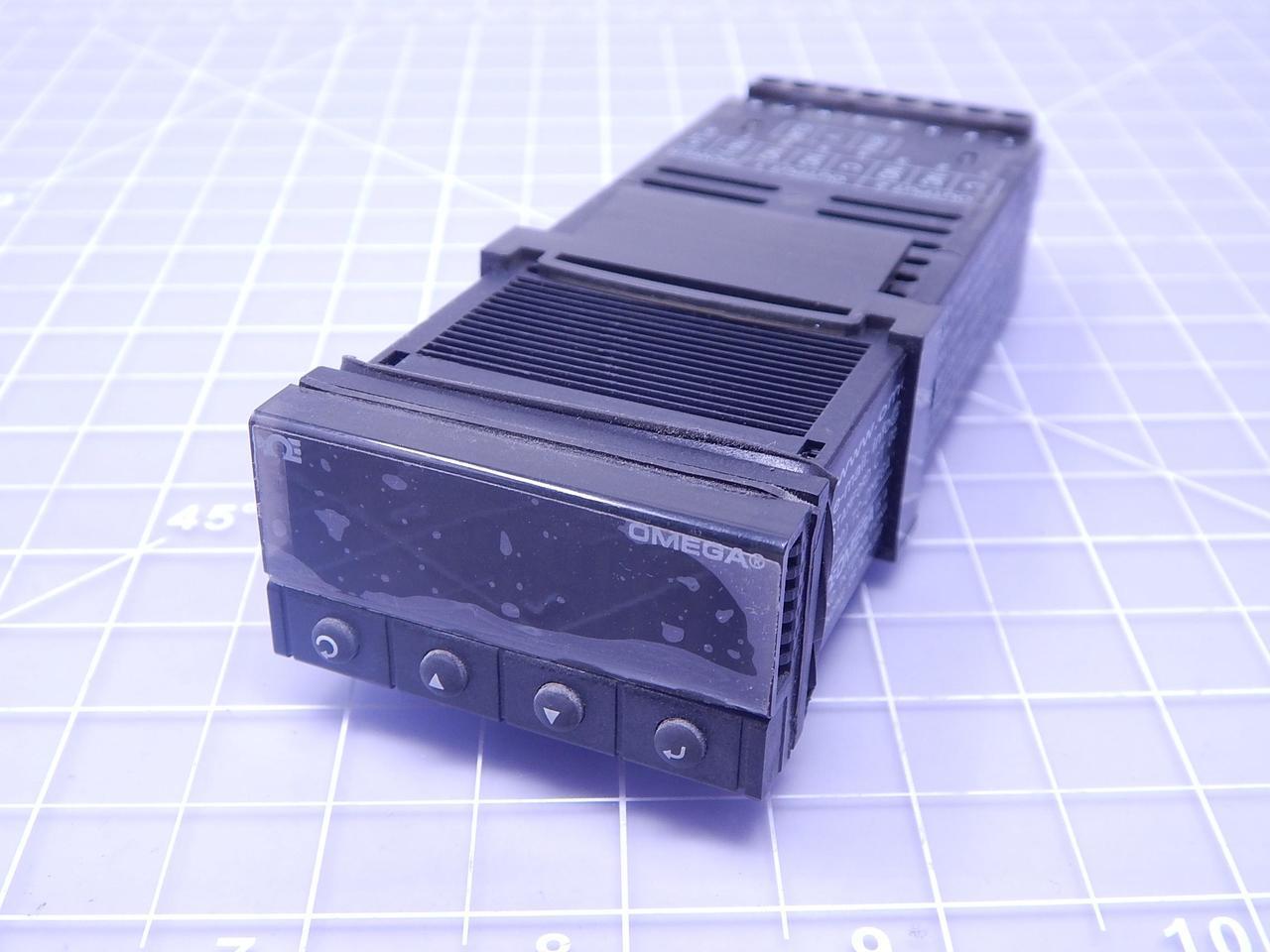 Omega CNi3233-DC Temperature PID Controller T112890