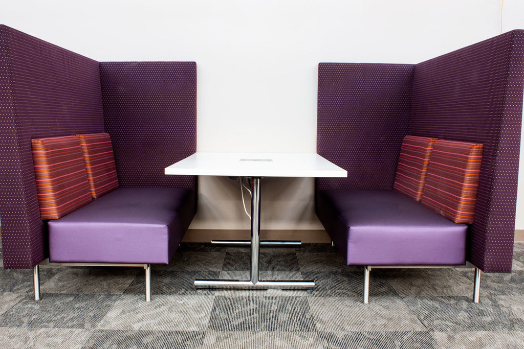 Collaborative Lounge Bench w/ Table - Preowned
