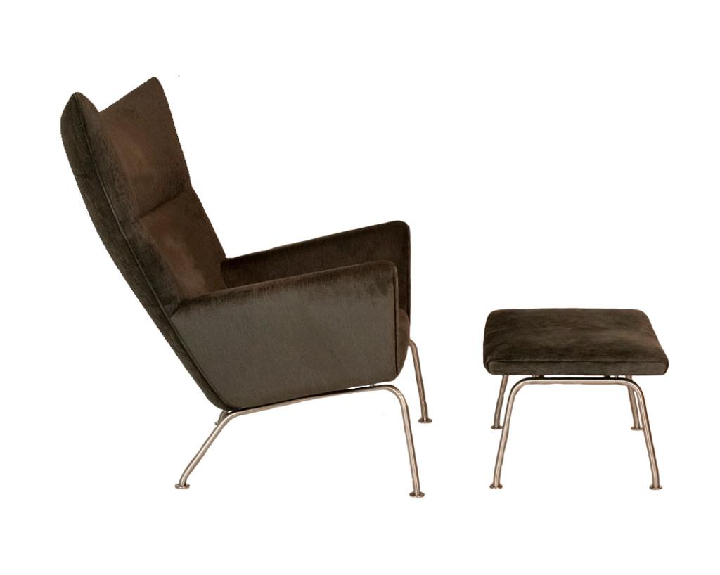 Carl Hansen & Son Wing Chair w/ Ottoman- Used