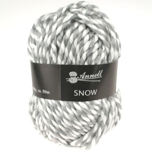 Snow 3982