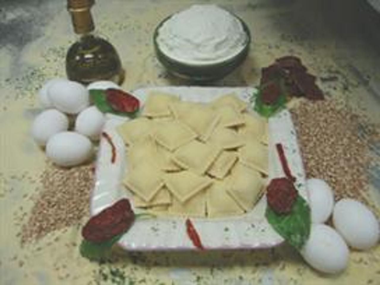 Cheese Ravioli (Medium Square)