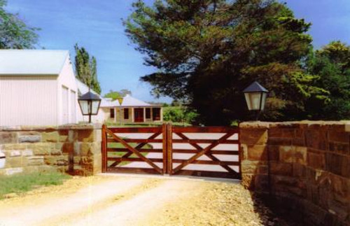 Timber Gates - Wooden Farm & Field | Authentic Gates