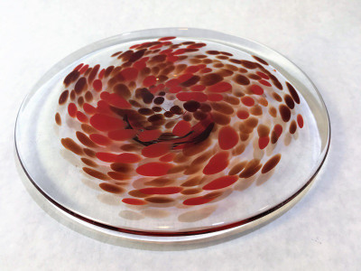 Medium Blown Frit Plate - Clear with Red and Burgundy Swirl