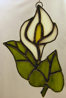 Detailed Calla Lily Art Glass Suncatcher, White with Green Leaves