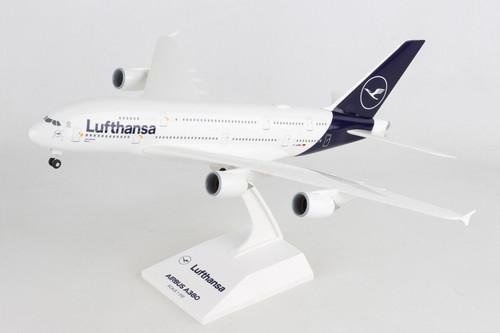 SKYMARKS Lufthansa A380 1/200 W/Gear New Livery