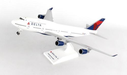 SKYMARKS Delta 747-400 1/200 W/Gear Reg#N661US