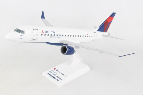 SKYMARKS Delta ERJ175 1/100 Republic