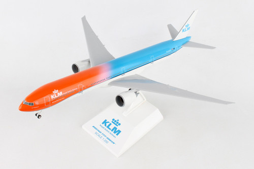 SKYMARKS KLM 777-300ER 1/200 Orange Pride W/Gear