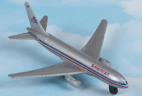 Hot Wings American Boeing 767