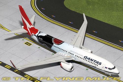 Gemini200 Qantas 737-800W