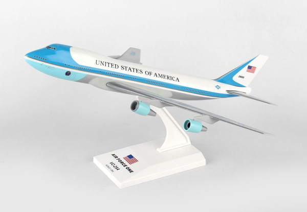 SKYMARKS AIR FORCE ONE VC25/747-200 1/250
