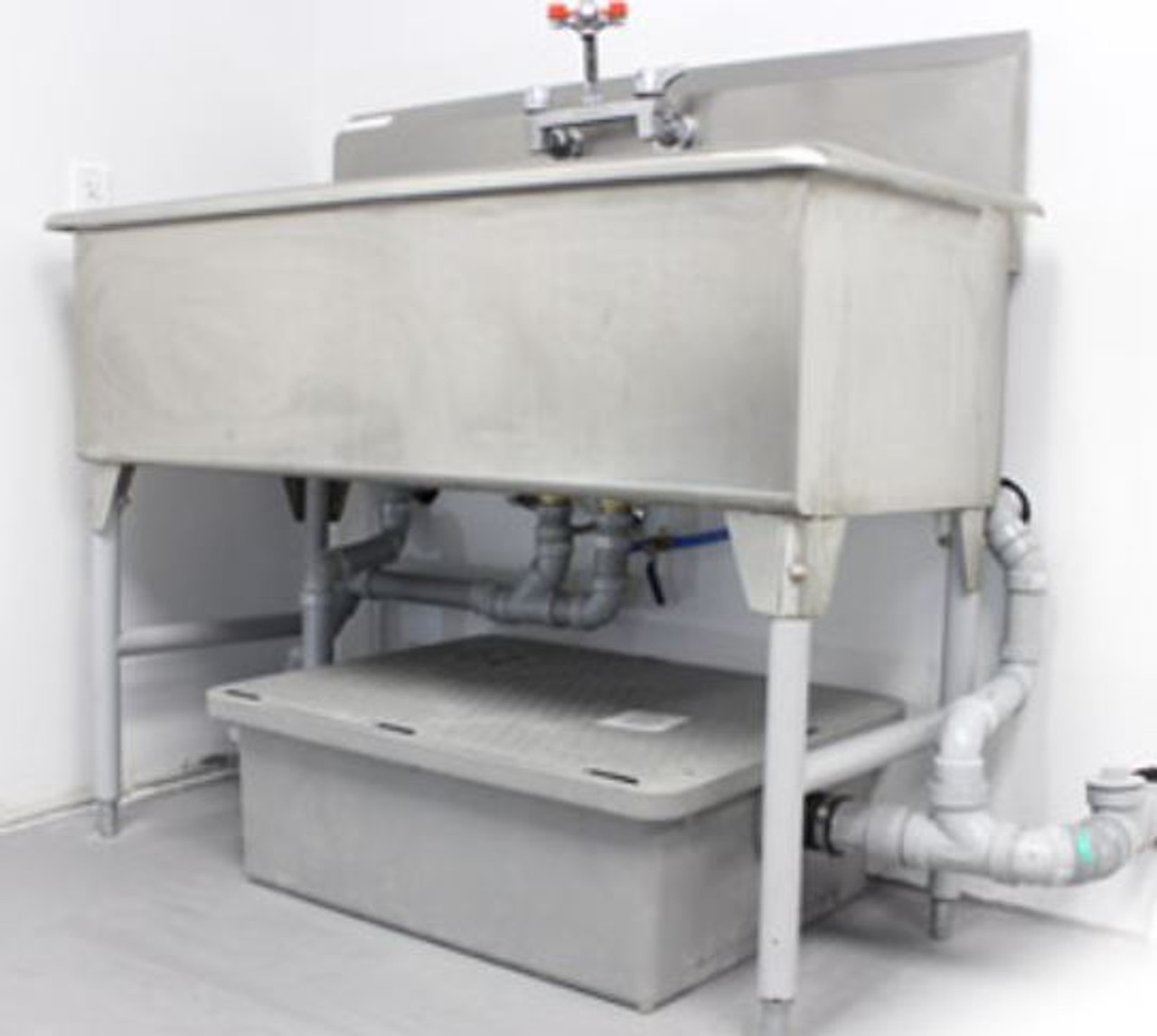 Low Boy grease interceptor for under compartment sink