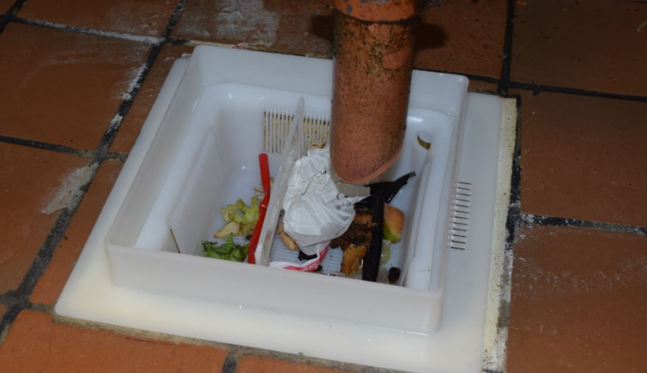 Floor Sink Basket with Safety Handle - 8.5 inch Square
