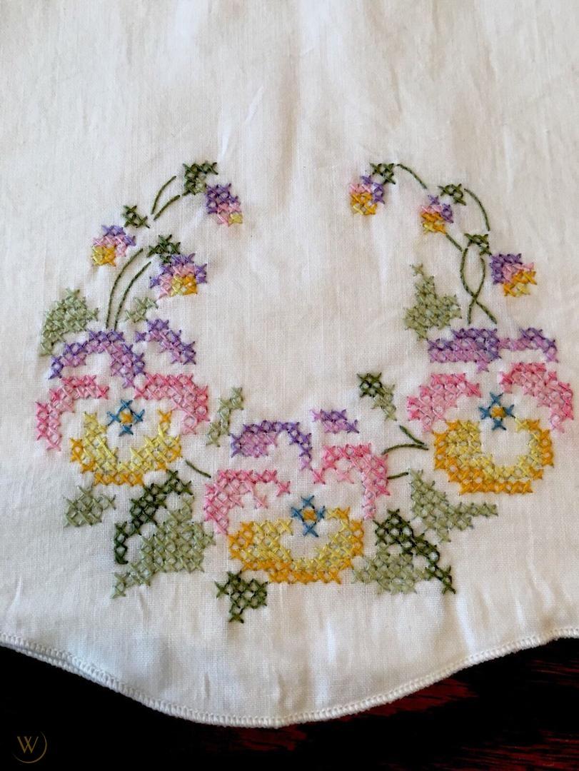 Pillowcases cross stitch designs
