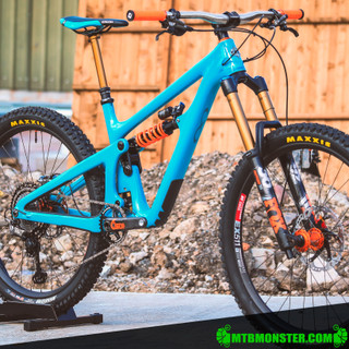 Yeti Cycles SB165 - Custom Build