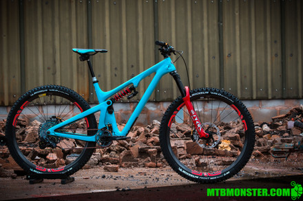 Monster Edition - Yeti SB130