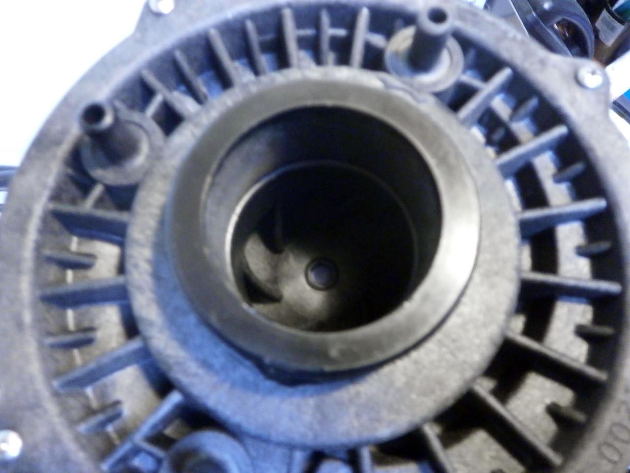 X320500 - Intake View
