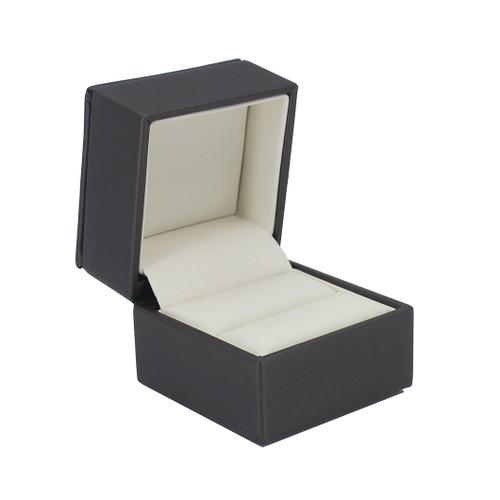 Rich Leatherette Single Ring Box