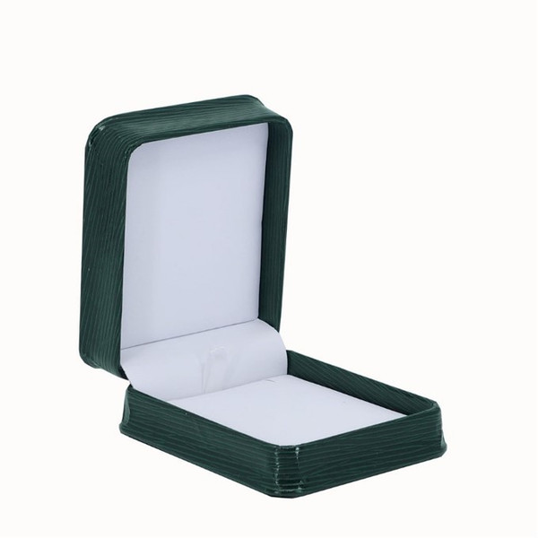 Textured Leatherette Pendant Box