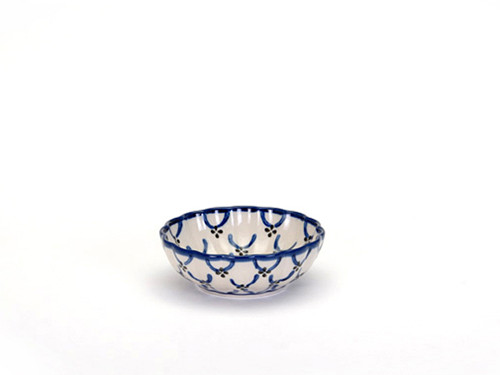 Frilled Dish (small) (Trellis)