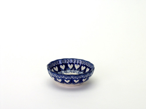 Frilled Dish (small) (Light Hearted)