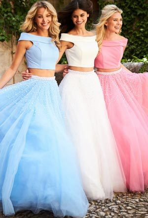 Choosing Best Dress from Selection of Prom Dresses