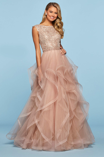 Layered Skirt Prom Dresses 2020 , Ruffled Evening Gowns