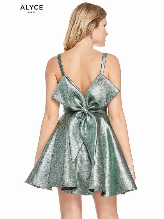 Bateau Neckline Alyce Short Party Dress 3917
