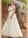 Ivory A-line wedding gown Essense D2327