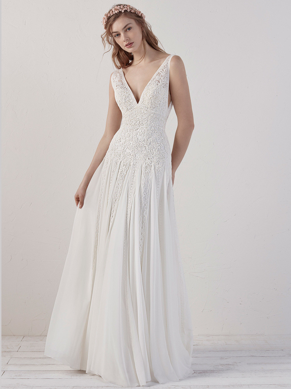 d7a7b6ec29a Pronovias Wedding Gown Eileen