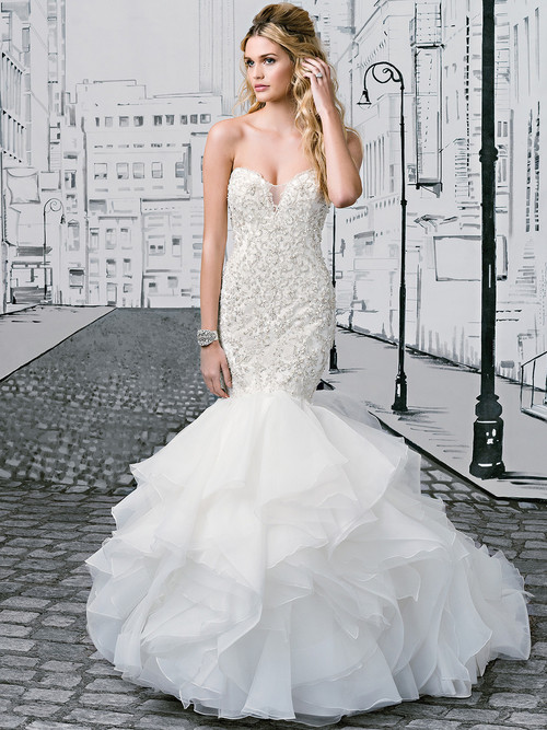 Justin Alexander 8901 Sweetheart Wedding Dress