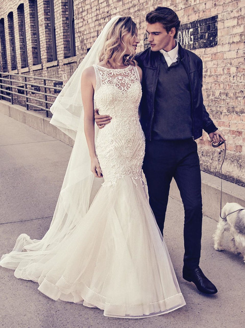 Fit And Flare wedding gown Maggie Sottero Ariella
