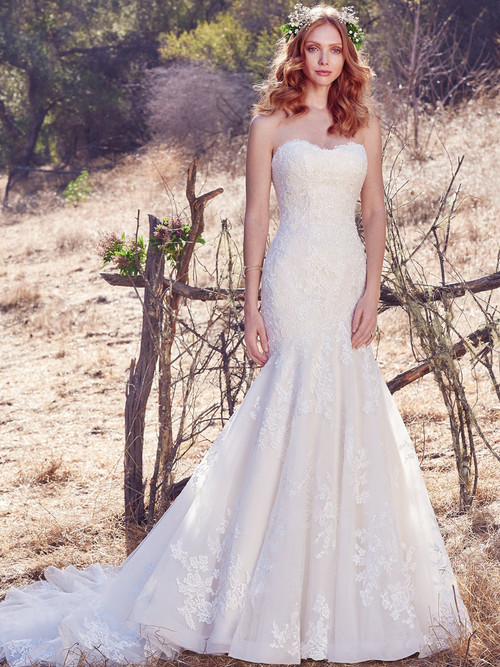 Fit And Flare wedding gown Maggie Sottero Aretha