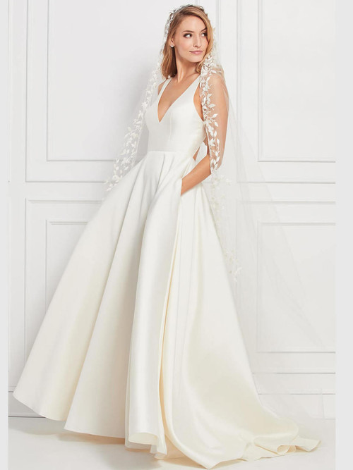 V-neck wedding gown Wtoo Corbyn 12199
