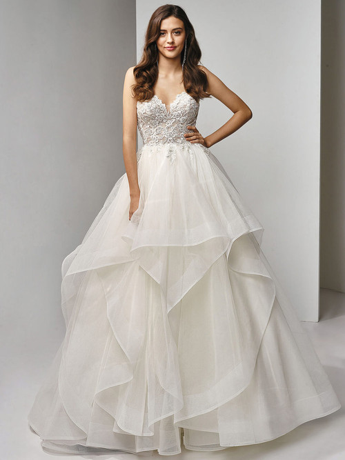Sweetheart Wedding Gown Beautiful by Enzoani BT19-9