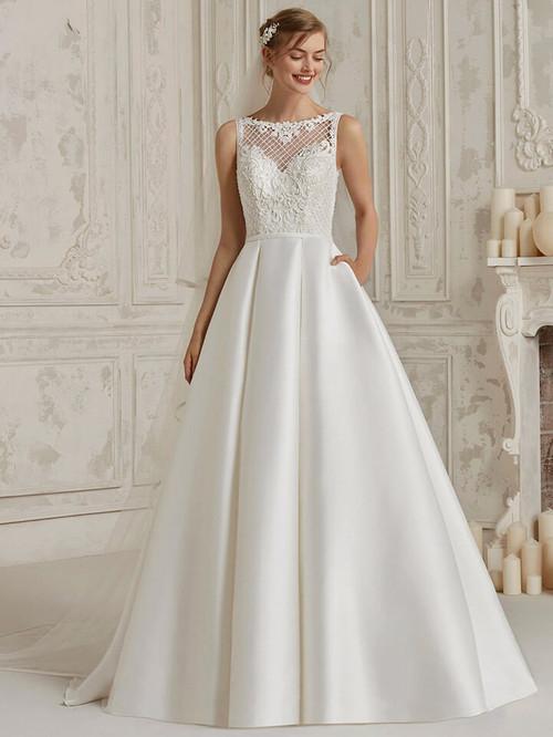 Bateau Neckline wedding dress Pronovias Monti