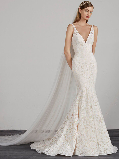 Mermaid wedding dress Pronovias Mosaico