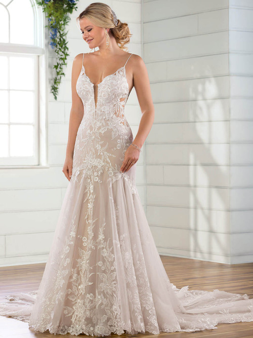 Essense of Australia Bridal Gown D2770